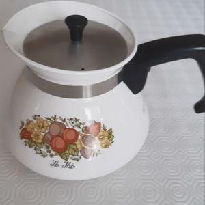 Vintage retro Corning ware tea/coffee pot
